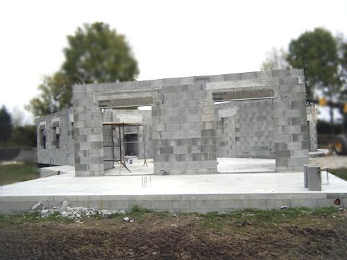 Construction maison parpaing ventana blog for Maison parpaing